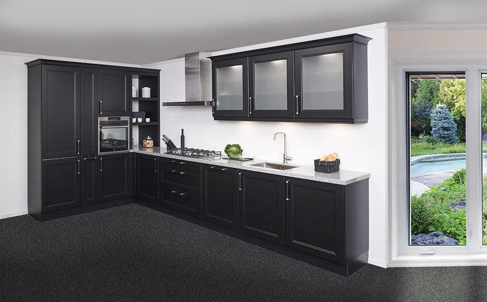 zwarte landelijke keuken