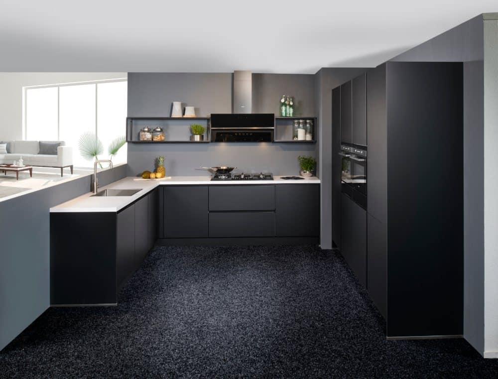 mat zwarte keuken 02